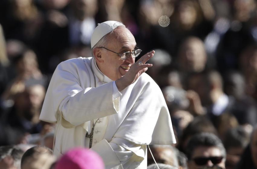 Papa Francesco conquista il Web